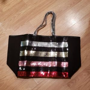 Victoria Secret Tote with cosmetic bag